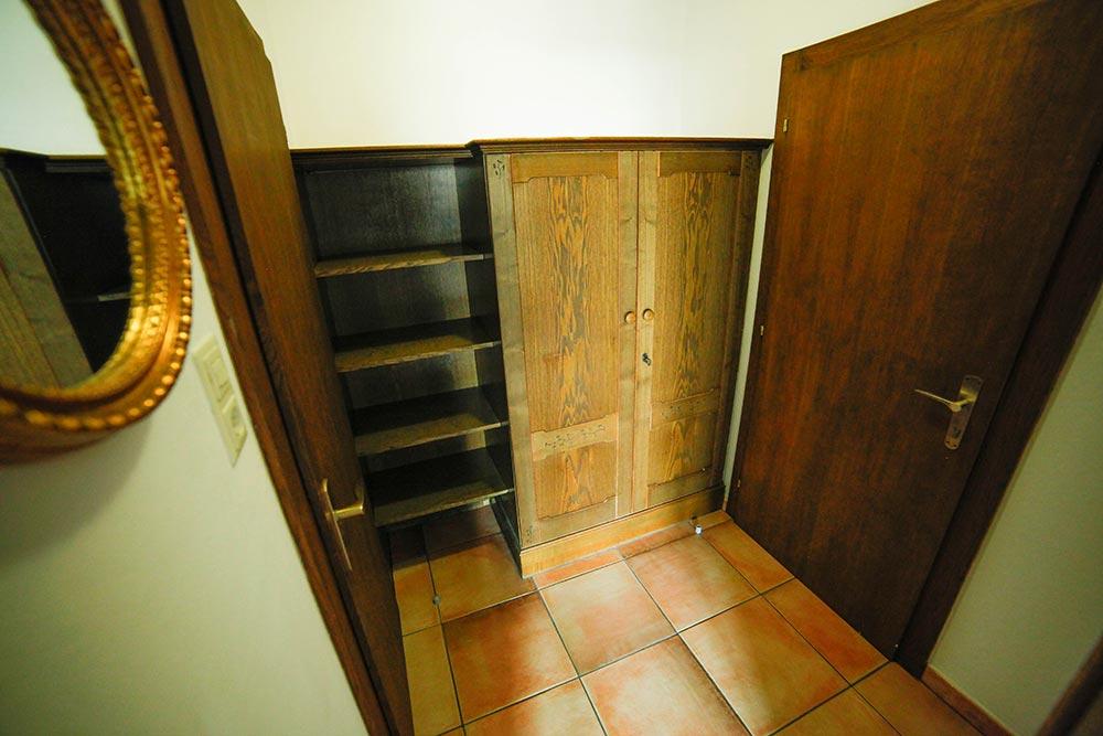 Zimmer 5 im Gästehaus Huss - Ansicht Vorraum