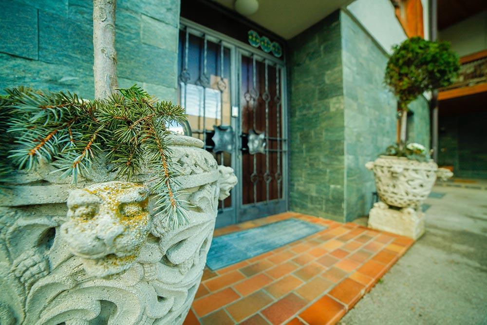 Gästehaus Huss Eingangstür